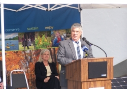 October 1, 2014: Senator Fontana spoke at a press conference on October 1st at Point State Park for the announcement of the Park being designated as one of the Great Places in America.