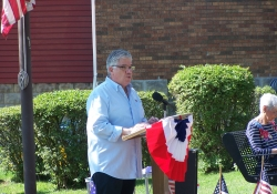 May 28, 2016: Senator Fontana spoke at the annual Memorial Service in Beechview at the Memorial Parklet on Saturday.