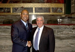May 22, 2012: Senator Fontana congratulates former Pittsburgh Steeler Hines Ward