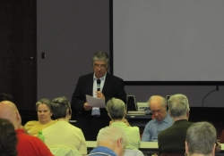 May 5, 2012: Senator Fontana addressed 40 members of the Golden Triangle Council for the Blind