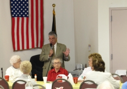 September 18 & 19, 2012: Senator Fontana Visits Beechview, West End Senior Center