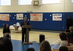 October 10, 2012: Senator Fontana speaks to students at St. Sylvester School in Brentwood.