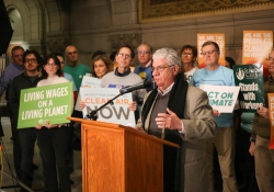 January 25, 2018: I joined my colleague Senate Democratic Leader Jay Costa at a press conference with environmental, business and clean energy advocates to speak about the Pennsylvania Climate Change Mitigation Act, Senate Bill 15 (SB 15)