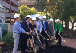 September 27, 2017: Senator Fontana was proud to offer remarks at the groundbreaking ceremony for the Josh Gibson Heritage Park at Station Square.