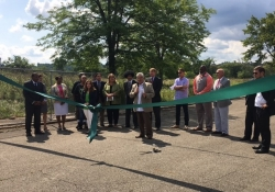 August 24, 2017: Senator Fontana spoke at a ribbon cutting ceremony hosted by the Hilltop Alliance on Aug. 24 to commemorate the launch of their Urban Farm project on the site of the former St. Clair Village. This project will be anchored by whatone of the largest urban farms in the country.